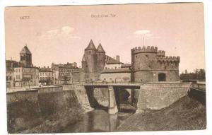 Deutsches Tor, Metz, France, PU