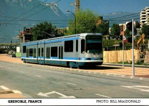 France Grenoble Trolley Double Articulated Light Rail Vehicle