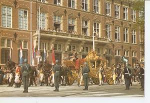 Postal 034453 : Den Haag / Holland. The Gilded Coach on the day of the openin...