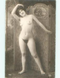 c1910 Risque NUDE ITALIAN GIRL POSING AT STUDIO IN ITALY AB7266