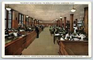 Detroit Michigan~Detroit News Newspaper Building~Workers Reading Ad Copy 1920s