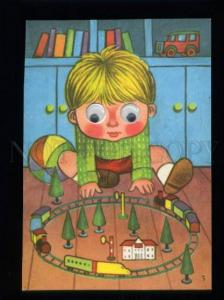 137407 TRAIN Toy BOY Old MECHANICAL Mooving Eyes PC