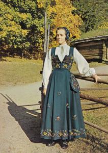 National Costume For Gudbrandsdal Norge Norway Vintage Fashion Postcard