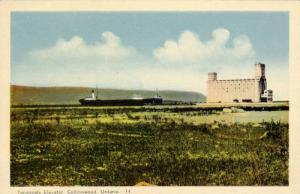 Steamer, Terminals Elevator, Collingwood, Ontario, Canada, 1930-40s