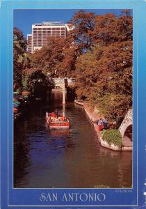 USA San Antonio The Riverwalk The Venice of Texas Boat Bateau