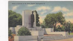Statue of Lincoln at the State Capitol,  Springfield,  Illinois,  30-40s