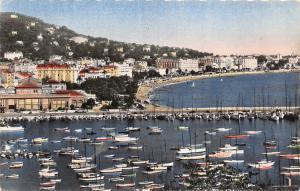 BR5388 vue generale prise du Suquet Cannes ship bateaux   france