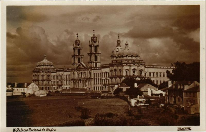 CPA AK Palacio Nacional de MAFRA - PORTUGAL (761129)