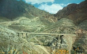 Queen Creek Canyon & Bridge, AZ, Highway U.S. 60, Chrome Vintage Postcard g5732