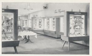 TORONTO , Ontario , 30-40s ; SIMPSON's Store , China Department