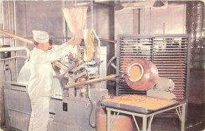 Postcard Lederle Pharmaceutical Lab Cyanamid Co. Accogel Machine, Pearl River NY