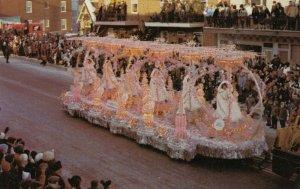 Carnaval de QUEBEC , Canada , 1965 ; Float #1