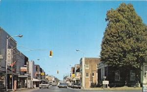 Martin Tennessee~Lindell Street @ Main from Post Office~Catos~McAdoo's~70s Cars