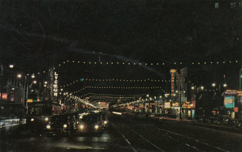 WINNIPEG , Manitoba , Canada , 50-60s ; Night Scene, Portage Ave. Looking West