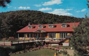 MARIN HEIGHTS , Quebec , Canada , 1971 ; New Alpino Lodge
