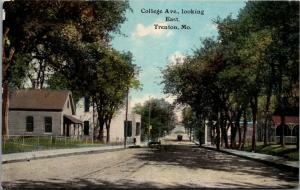 Trenton Missouri~College Avenue East~Home~Business~Park~Wagons~c1910 Postcard