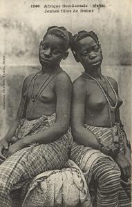CPA Senegal Ethnic Nude Fortier - 1246. Jeunes filles de Dakar (71195)