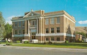 PROSSER , Washington , 50-60s ; Court House