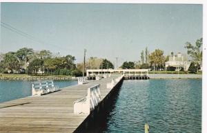 CHINCOTEAGUE BAY , Maryland, 1950-60s ; Public Landing