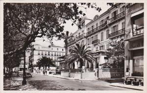 RP: Saint-Raphael, France , 20-30s ; L'Hotel Commercial