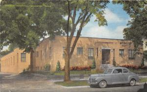 Wooster Ohio~Beeson Hospital~Classic Car Parked in Front~1940s Linen Postcard