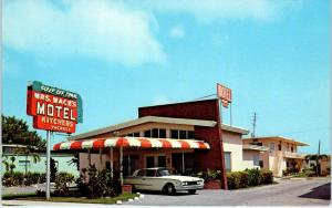 MIAMI, FL Florida     MRS MACK'S Motel   Cool Early  60s FORD Roadside  Postcard
