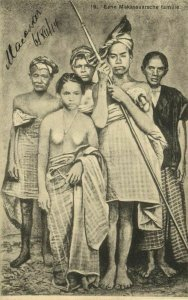 indonesia, CELEBES SULAWESI MAKASSAR, Family, Native Nude Woman (1914) Postcard