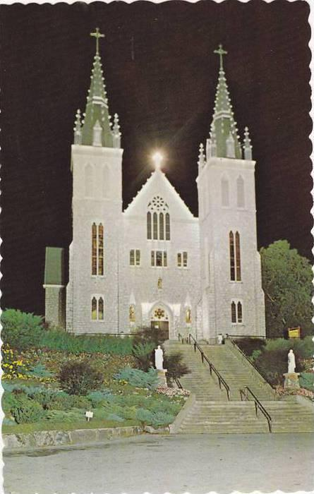 Night Scene Martyrs´ Shrine, Midland, Ontario, Canada, Scalloped edge, 40-60s