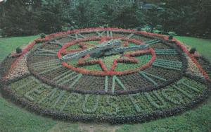 MONTREAL , Quebec, Canada, 1970 : Floral Clock Westmount Park