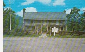 Wolf House On White River Norfork Arkansas