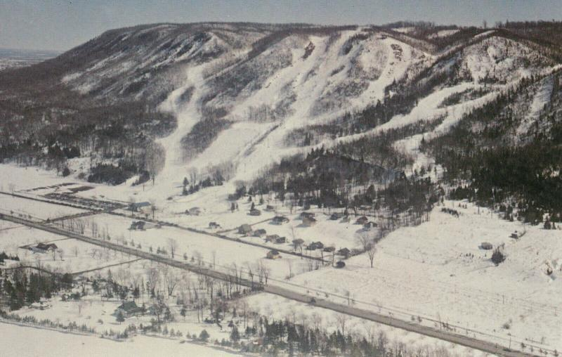 THORNBURY , Ontario , Canada , 50-60s ; Georgian Peaks , Top Ski Centre in Ontar