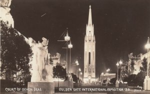 RP: SAN FRANCISCO, Ca., 1939 ; GGIE ; Court of Seven Seas At night