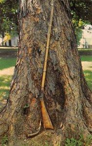 Guns Factories Gun Factory Post Card Daniel Boone's Rifle Frankfort, Ken...