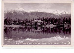 Real Photo ! Jasper Park Lodge, Lac Beauvert, Jasper, Alberta, 1952 !