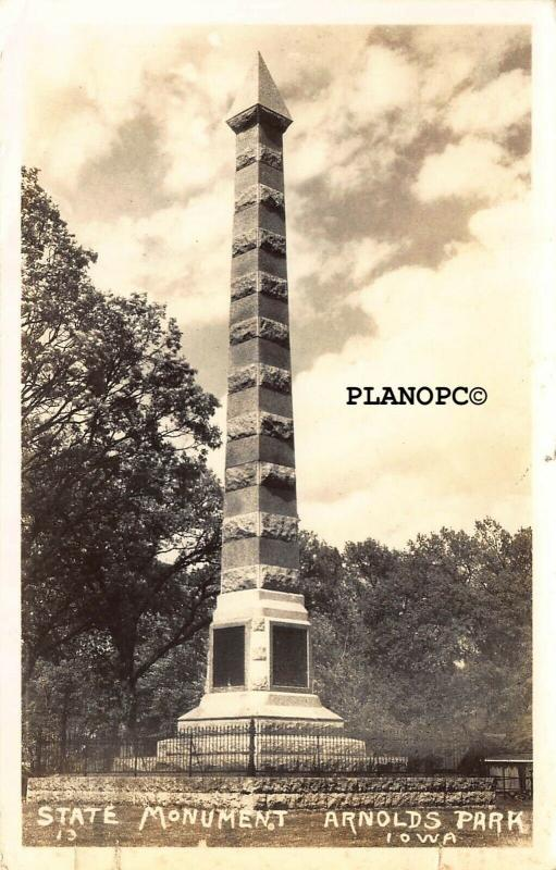 ARNOLDS PARK, IOWA STATE MONUMENT RPPC REAL PHOTO POSTCARD