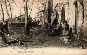 CPA Le nettoyage des Maisons (615187)