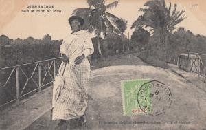GABON , PU-1909 : Libreville , Native woman , Sur le Pont M'Pira