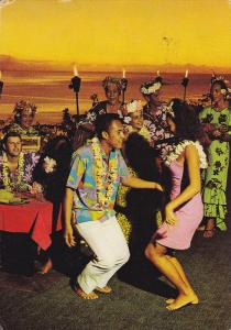 TAHITI, PU-1973; Hotel Taharaa Inter Continental, Dancing Couple