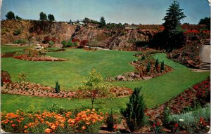 Vancouver B.C. Canada Queen Elizabeth Park Sunken Gardens Postcard unused 1950s