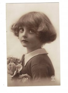 HI1041 LITTLE GIRL BIG EYES WITH FANCY BOB HAIR CUT RPPC