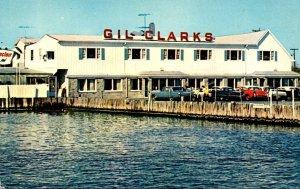 New York Long Island Bay Shore Gil Clark's Maple Avenue Fish House