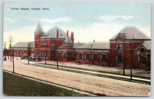 Toledo Ohio~Union Railroad Depot~Cars at Passenger Station~1917 Postcard