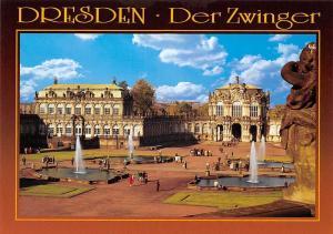Dresden Blick uber den Zwingerhof zum Mathematisch-Physikalischen Salon Brunnen