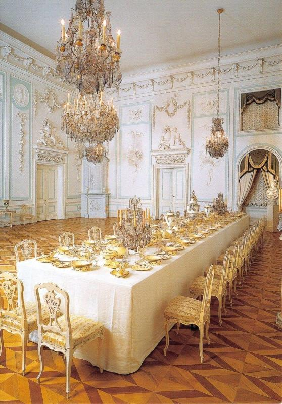 St Petersburg Postcard Peterhof, The Great Palace, The White Dining Room Y7