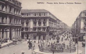NAPOLI, Piazza della Borsa e Fontana Medusa, Campania, Italy, 00-10s