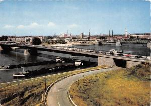 Kehl am Rhein Blick uber die Europa-Bruecke auf Strassburg Bridge