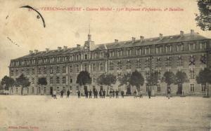 CPA Militaire (Dep.55) Verdun - Caserne Miribel - 151e Régiment (91059)