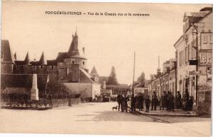 CPA FOUGERES Feings-Vue de la Grande rue et lemonument (127964)