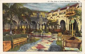 Hershey Pennsylvania~Hotel Hershey Patio~Beautiful Fountain~1940s Linen Postcard
