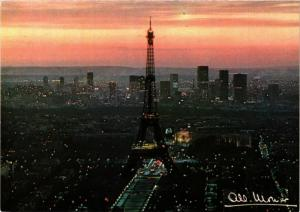 CPA MONIER ALBERT-Paris-La Tour Eiffel au lever du jour (331474)